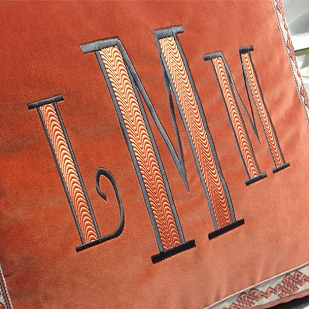 personalized velvet pillows http://www.thepinkmonogram.com/56502/monogrammed/Bedding%20&%20Linen
