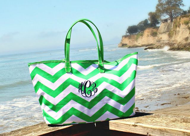 sfbaystyle monogrammed tote from The Pink Monogram