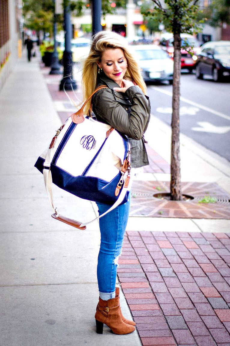lovely little style monogrammed weekender by thepinkmonogram