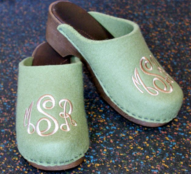 tips to enjoy your clogs during the winter months