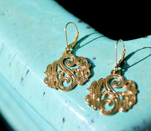 Memorable Monogrammed Jewelry Gifts at Monogramlux.com by The Pink Monogram