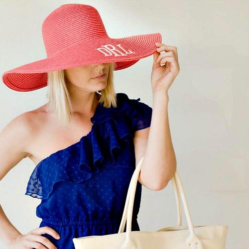 5 Spring Fashion Monogram Ideas - floppy hat