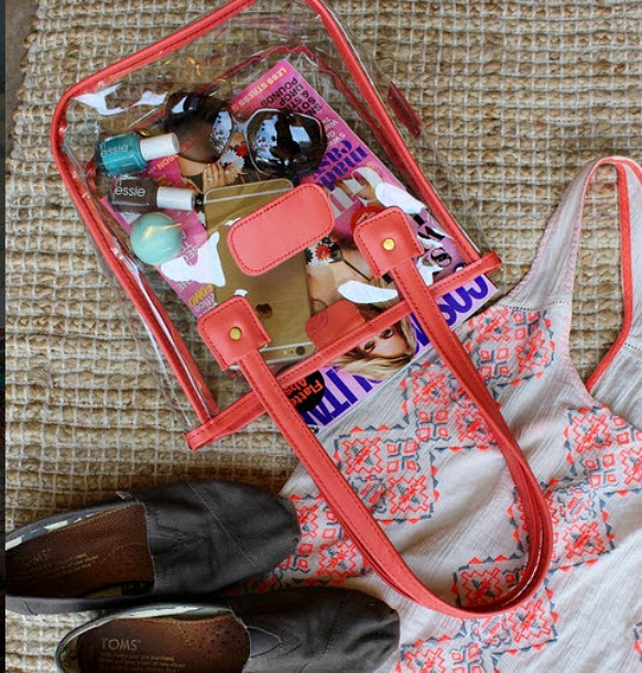 Beautiful Clear Purse for Game Day! Jon Hart Clear Tote for Women | thepinkmonogram.com