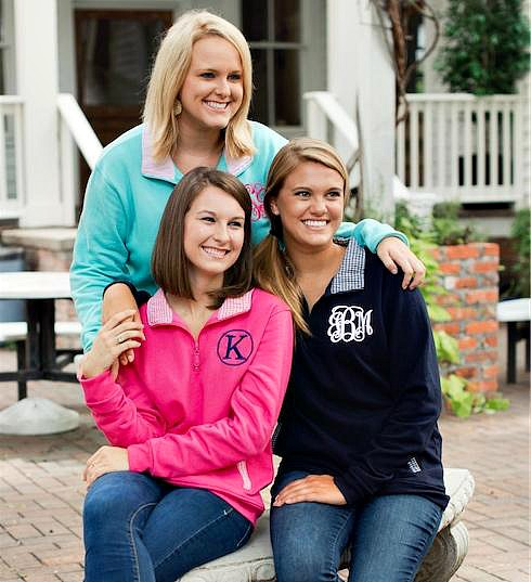 5 Hot Campus Fashions for Fall Navy & Gingham Pullover w. Monogram | thepinkmonogram.com
